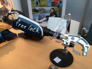 Free-lock2